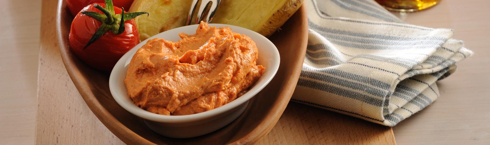 Tomaten-Dip mit Weichkäse
