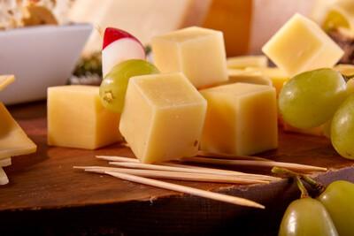 Käsehappen für die perfekte Käseplatte