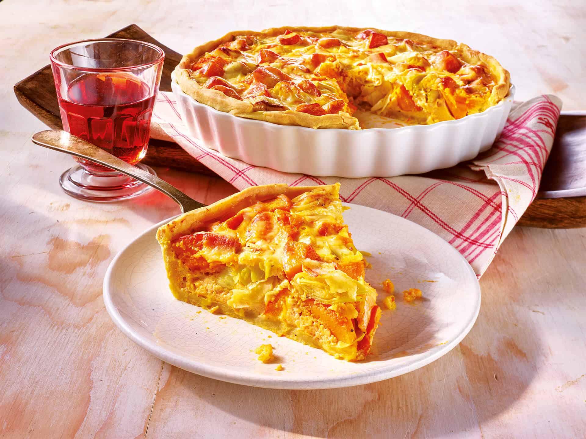 Vegetarische Quiche mit Käse und Poree