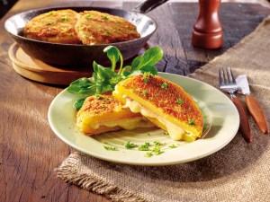 Raffinierte Beilage: Steckrüben-Schnitzel mit Käse gefüllt