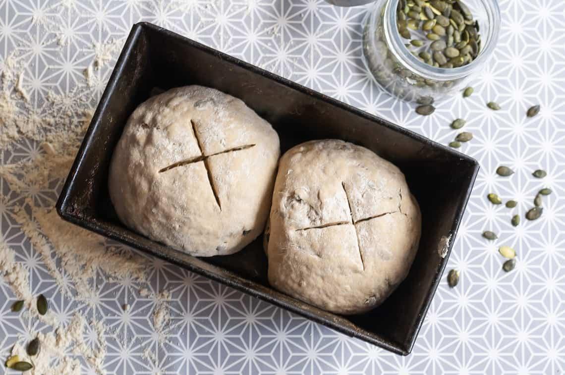 Norddeutsches Landbrot - Brot backen leicht gemacht