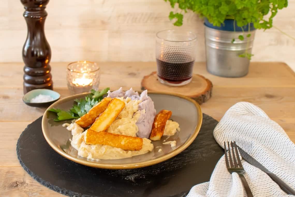 Kartoffelpüree mit Rahmsauerkraut
