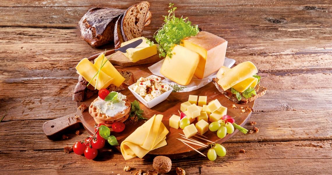 Käseplatte richtig dekorieren