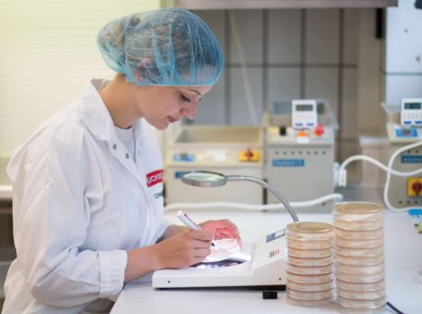 Milchwirtschaftliche Laborantin